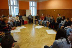 nitrianksy mládežnícky parlament - diskusia